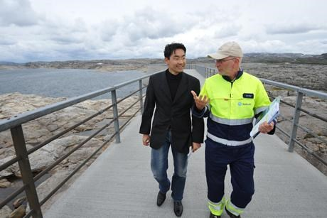 German economy minister Philipp Rosler visits Statkraft in Norway